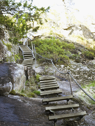 hike stairs mountain_106919036